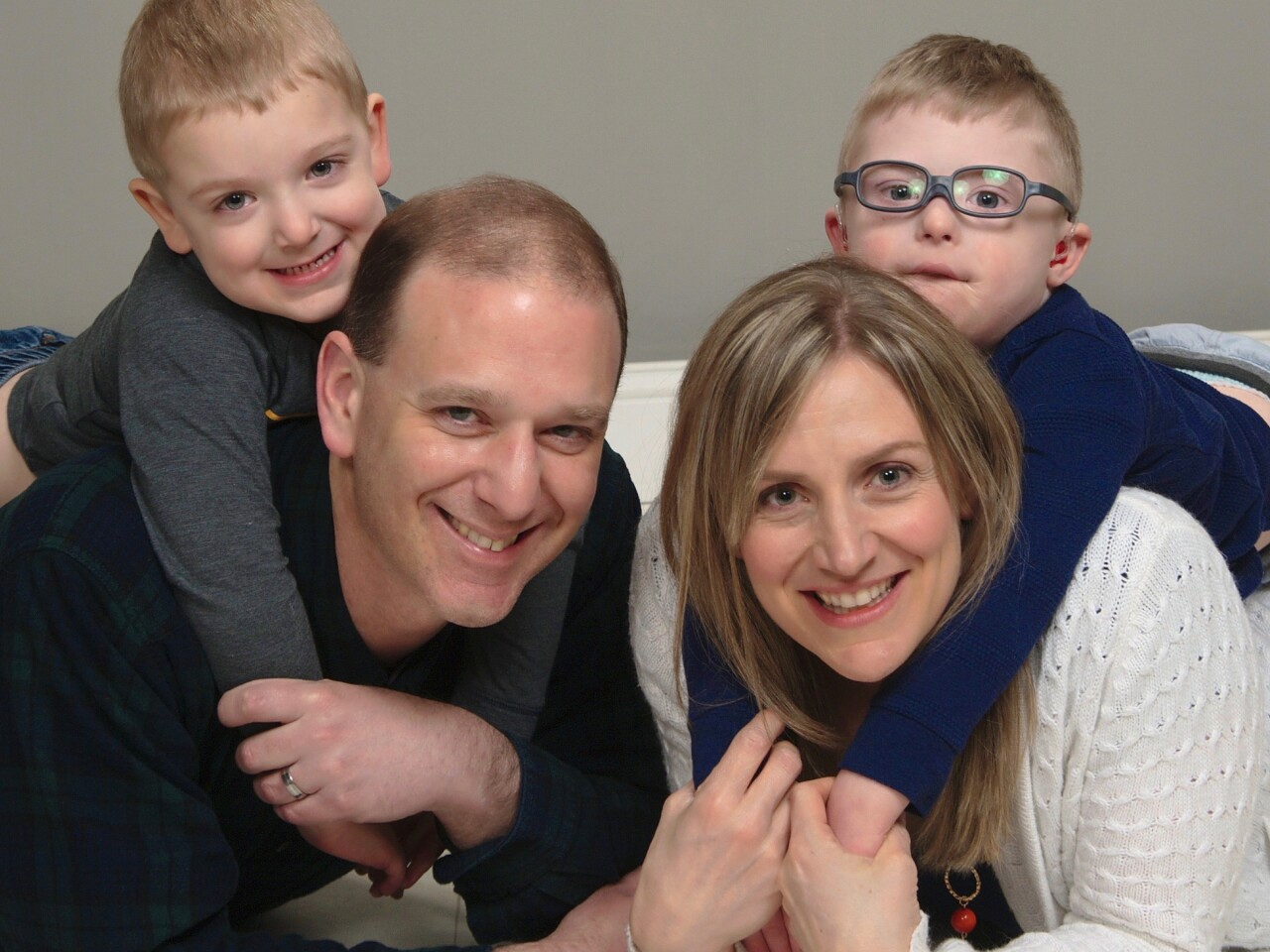 Schneider_Abes_family_cropped.jpg