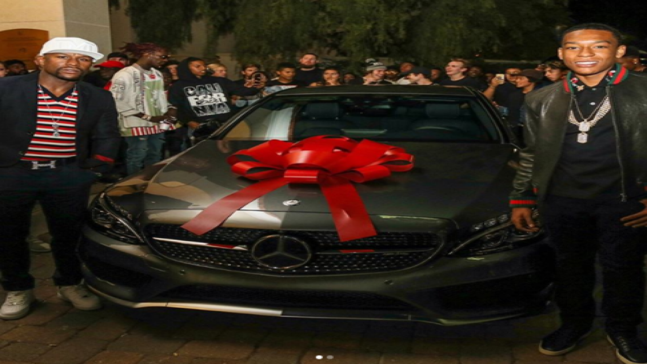 Mayweather's son has extravagant Sweet-16 Party