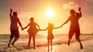 Money or memories: Tips for your family legacy