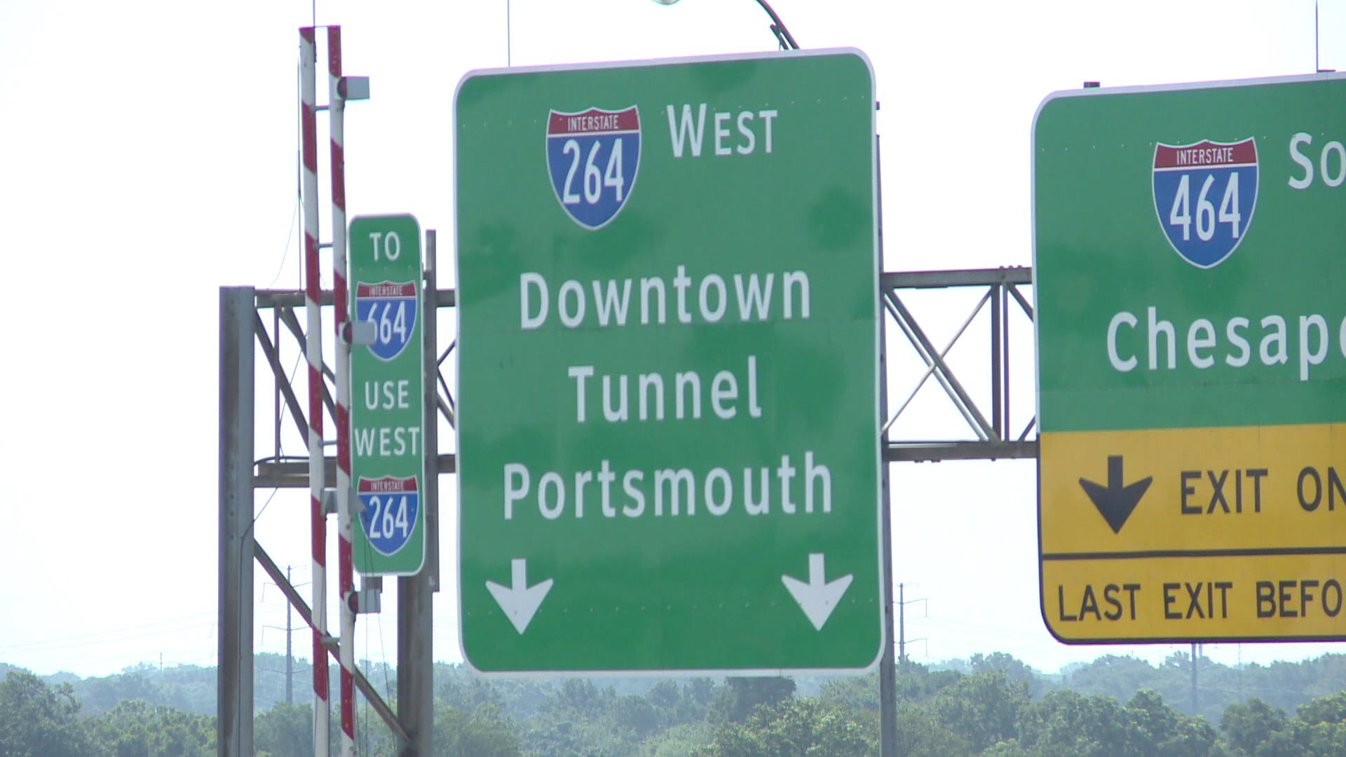 Photos: Portsmouth delegate calls for tolls to be suspended for federal workers affected byshutdown
