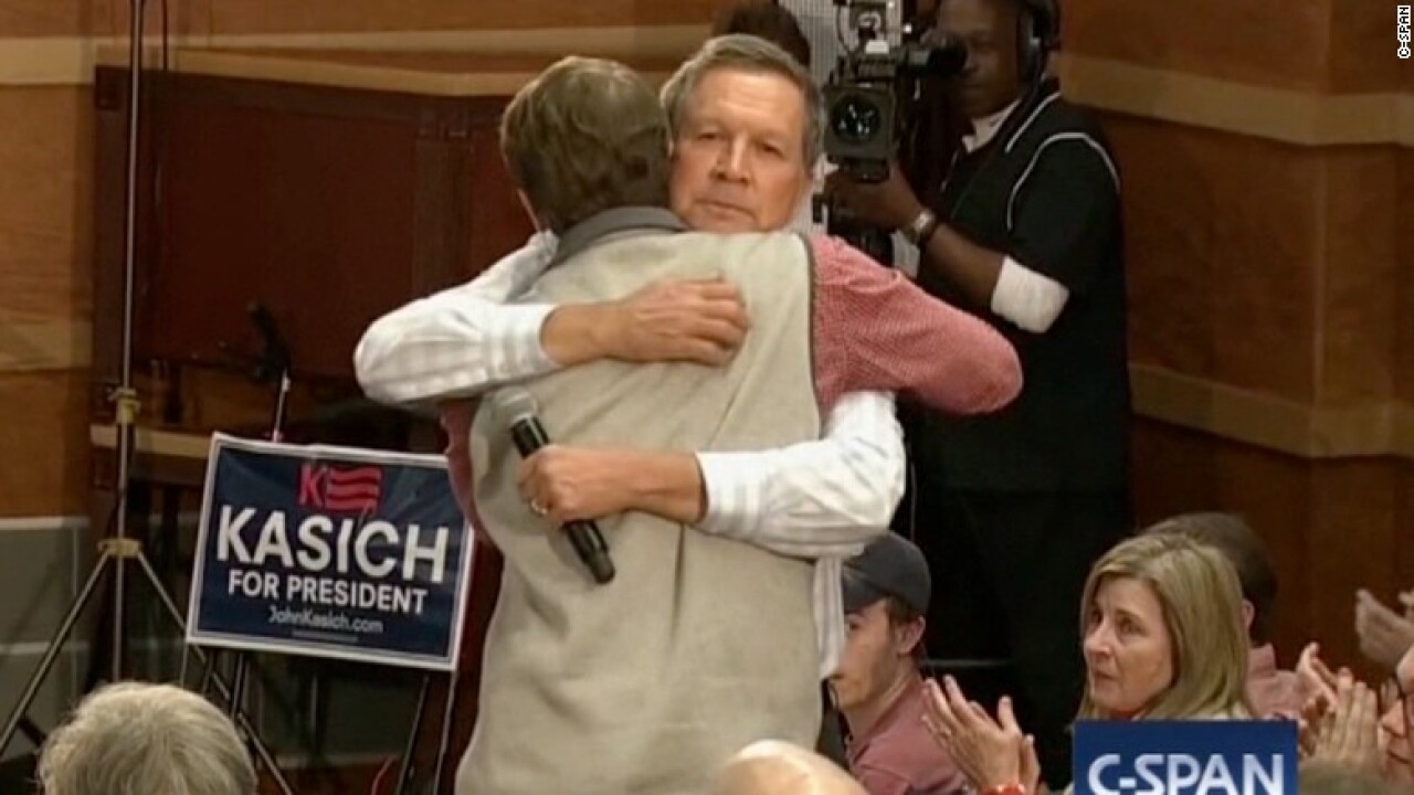 John Kasich hugs young supporter who shared touching personal story