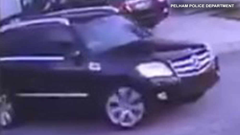 AMBERLY-FLORES-suspect-suv.png