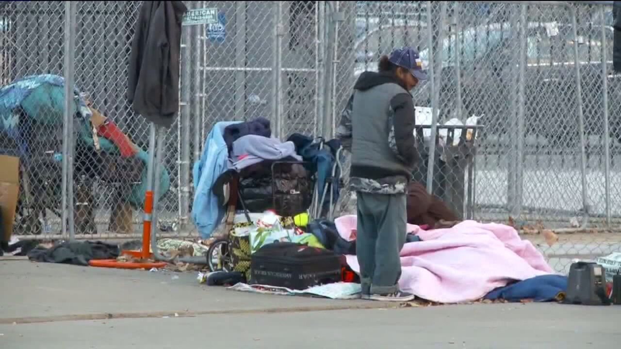 Downtown homeless shelter's pending closure divides advocates, political leaders