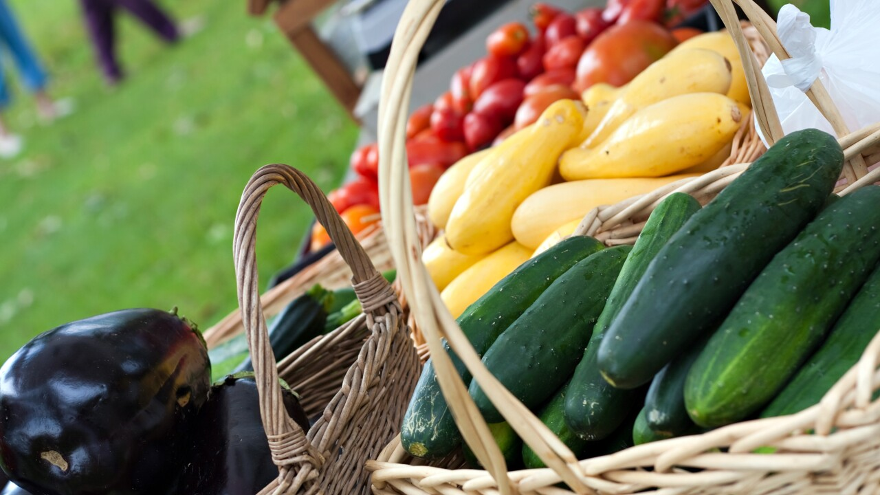 Generic vegetables, farmers market, food