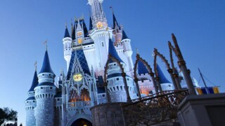 WPTV-WALT-DISNEY-WORLD-MAGIC-KINGDOM.jpg