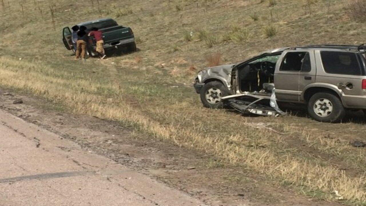 Crash closes NB I-25 near Greenland Road