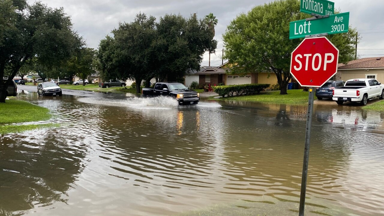 Flooding conditions at Fontana and Lott