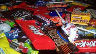 Survey: 78 percent of parents admit they steal their kids' Halloween candy