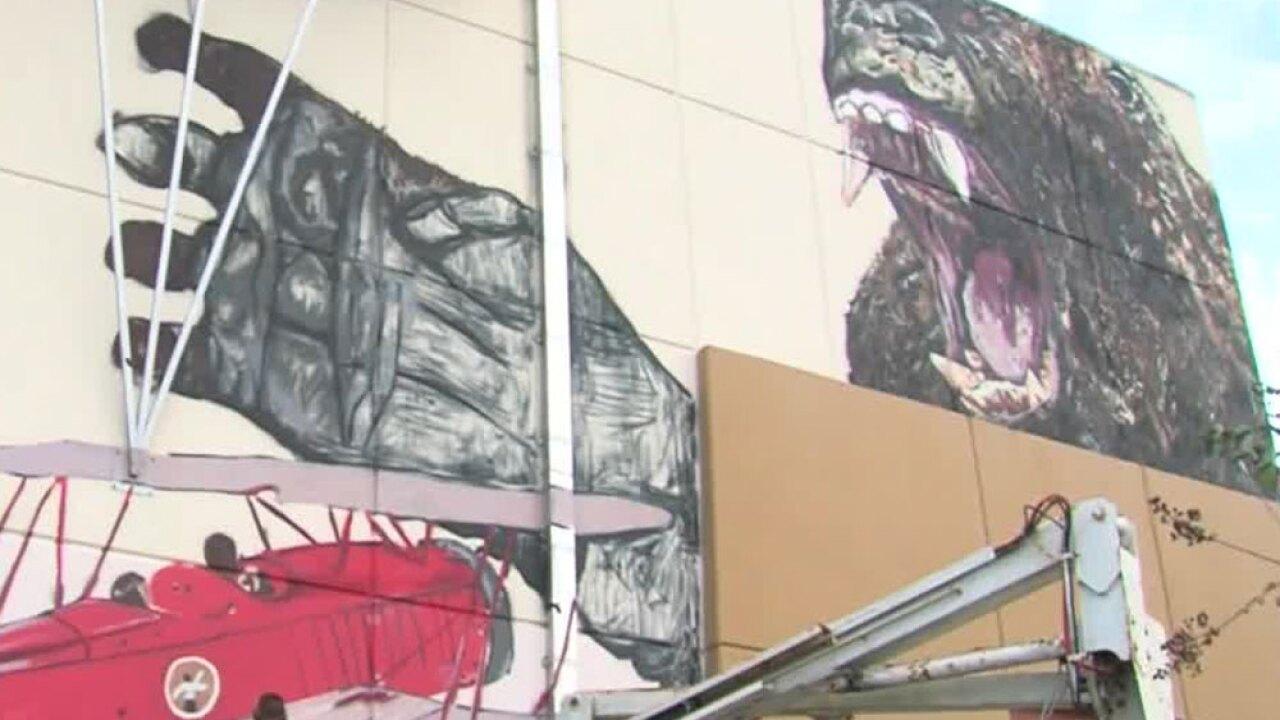 wptv-king-kong-mural-g-star-.jpg