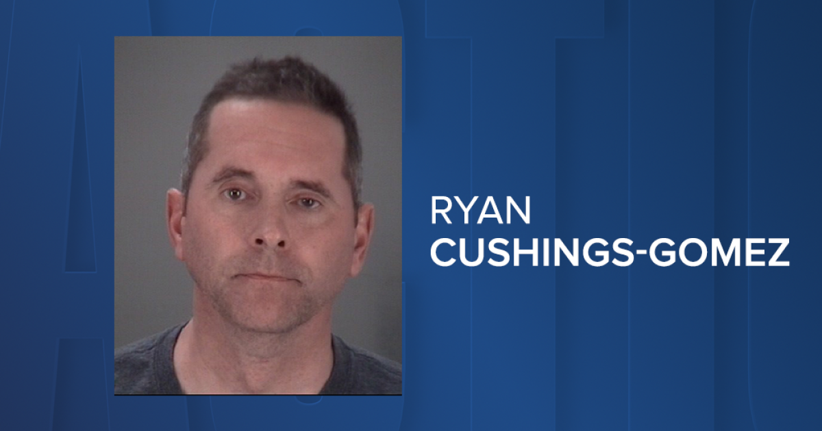 Former Pasco firefighter arrested for pretending to be a firefighter while soliciting money from drivers