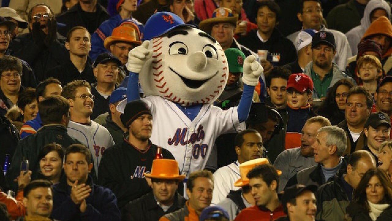 Mr. Met gives fan the finger, employee out as team mascot