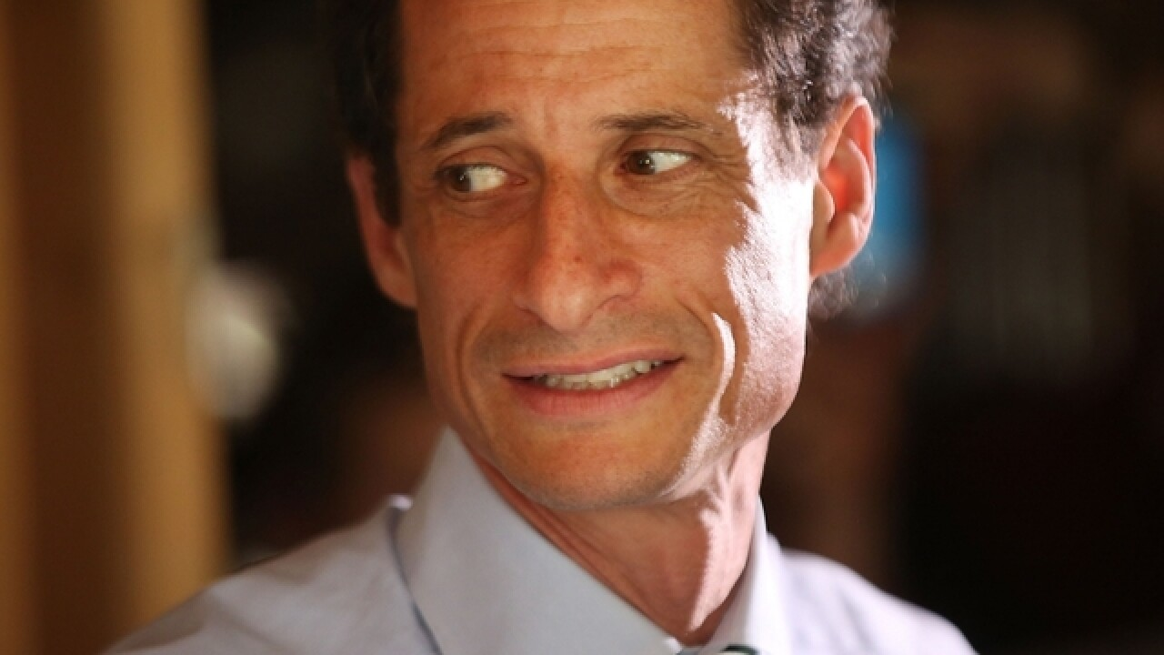 Subpoena issued for Anthony Weiner's cell phone records, report says