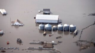 Major flooding in Midwest has destroyed harvests and ruined farms