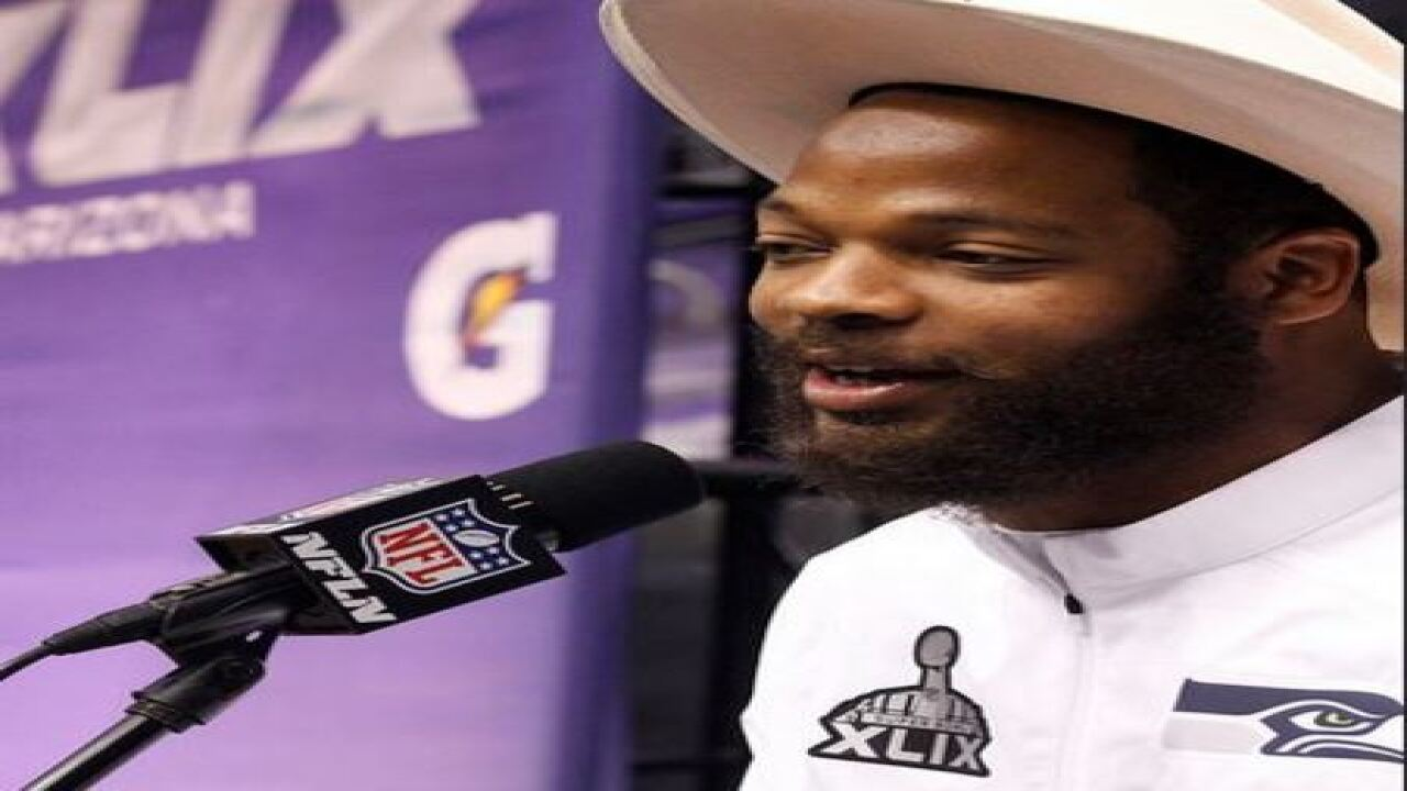 VIDEO: NFL player Michael Bennett accuses Las Vegas police of racial profiling, abuse