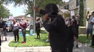 Protesters gather outside Fla. winter home of former Minn. police officer involved in George Floyd case
