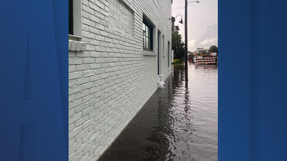 mckenna-king-flooding-water-kennedy-blvd3.png