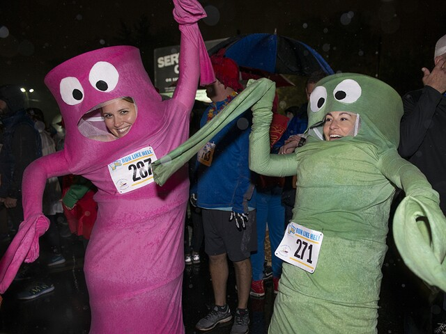 Hundreds show up to 'Run Like Hell' for cystic fibrosis