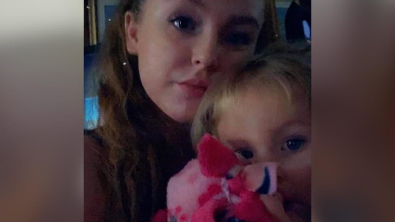 Single mother's home burglarized