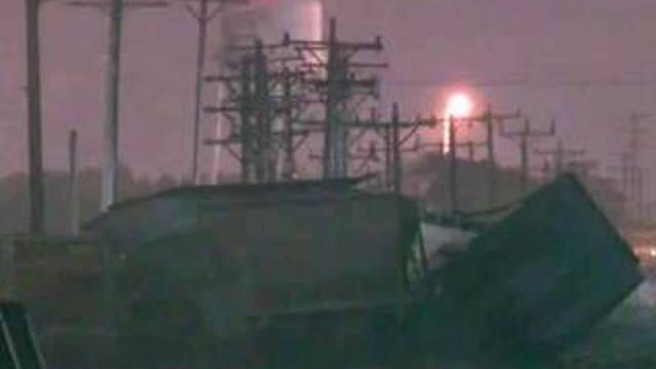 13 train cars derailed in Wauwatosa, no one injured