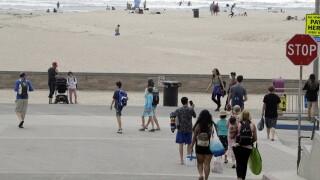 Virus Outbreak California Beaches