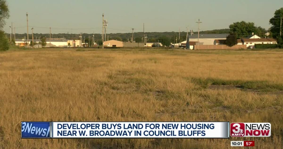 Developer buys land to add upscale housing near W. Broadway