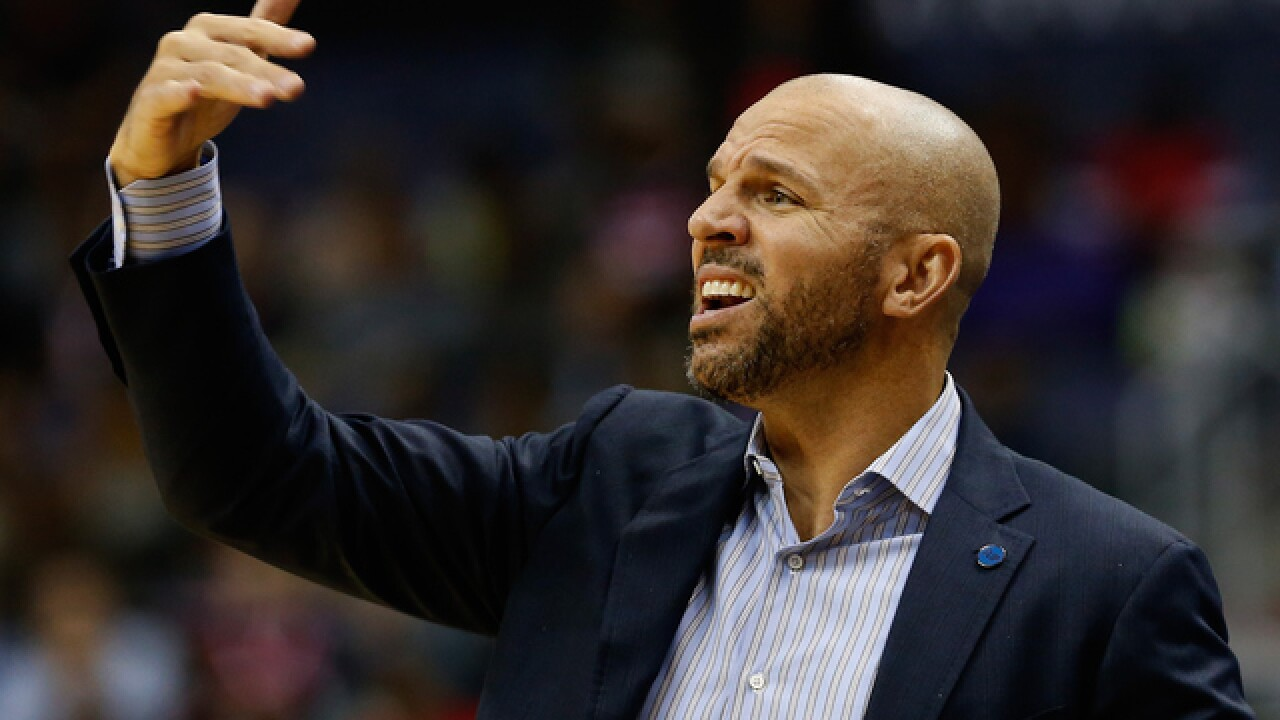 Jason Kidd suspended for slapping ball from ref