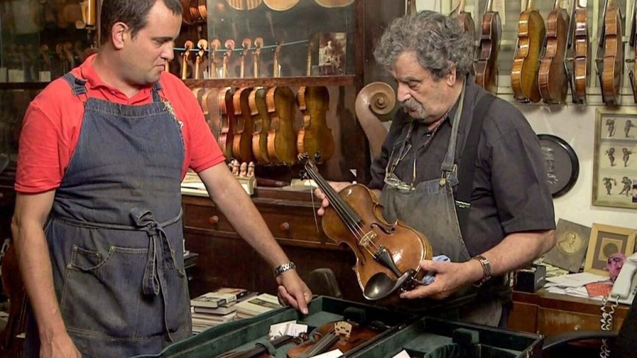 IHAS Violins of Hope 1.jpg