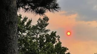 Boulder Colorado wildfire smoke @yolayne