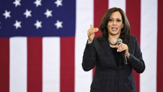 Kamala Harris calls on Twitter CEO to suspend Donald Trump