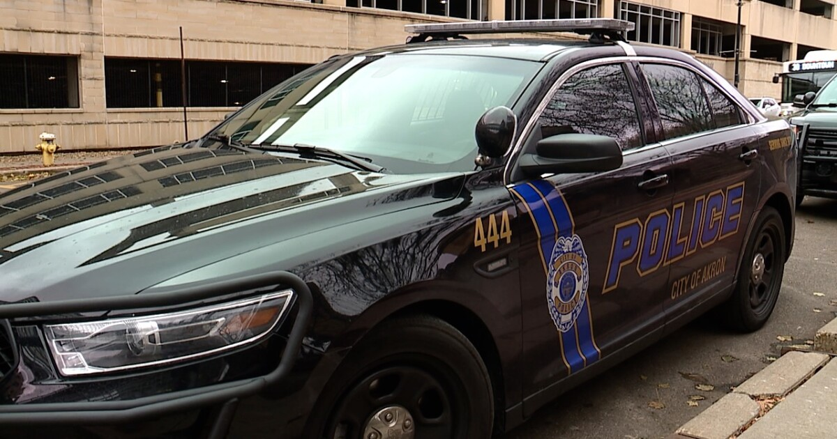 23-year-old driver says he was carjacked at gunpoint following road rage incident in Akron