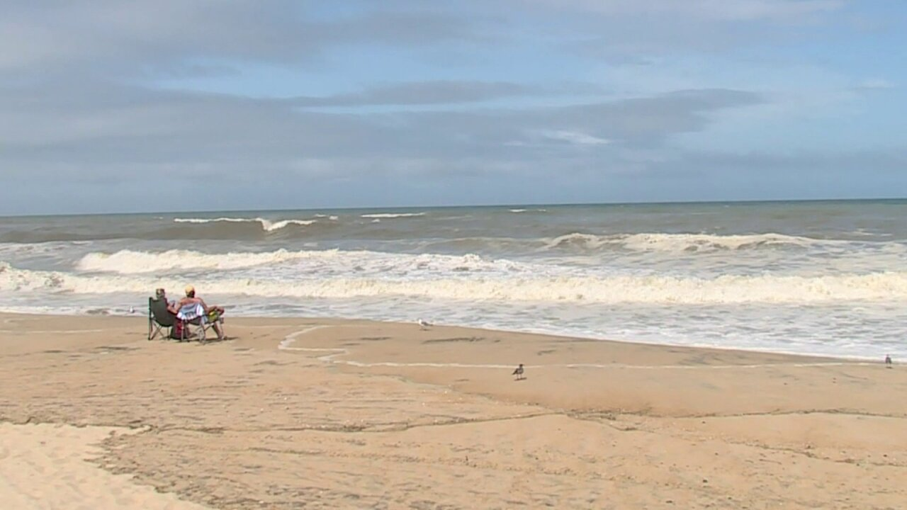 Family evacuated from Cape Hatteras waits out storm in RVA: 'We arepraying'