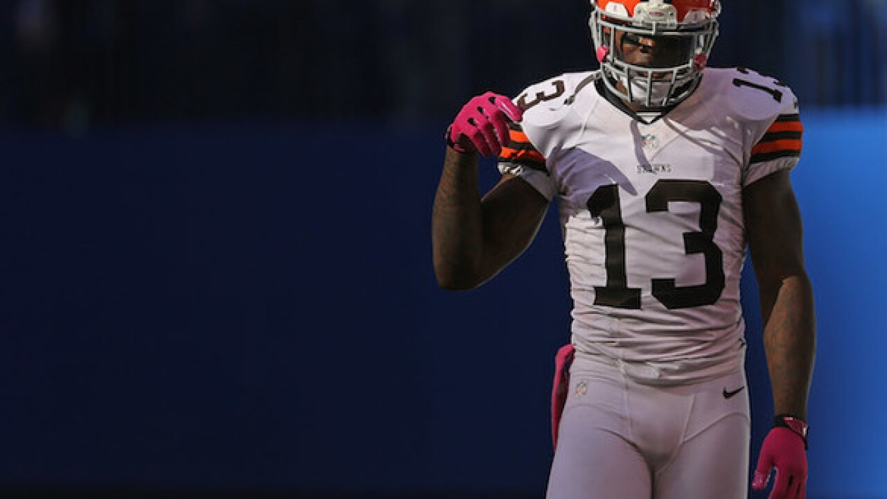 Browns' Josh Gordon opens up about addiction, says he used to drink before games