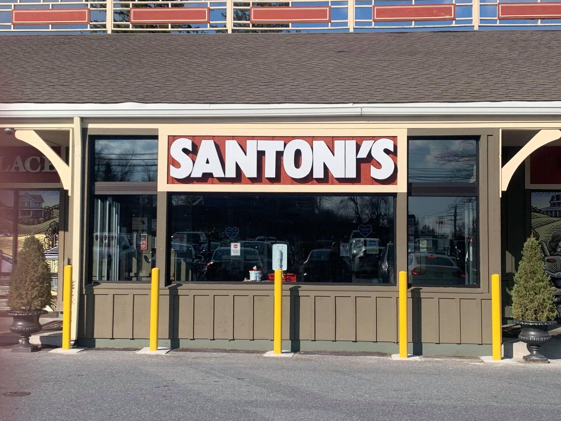 Santonis_2 (1).jpg
