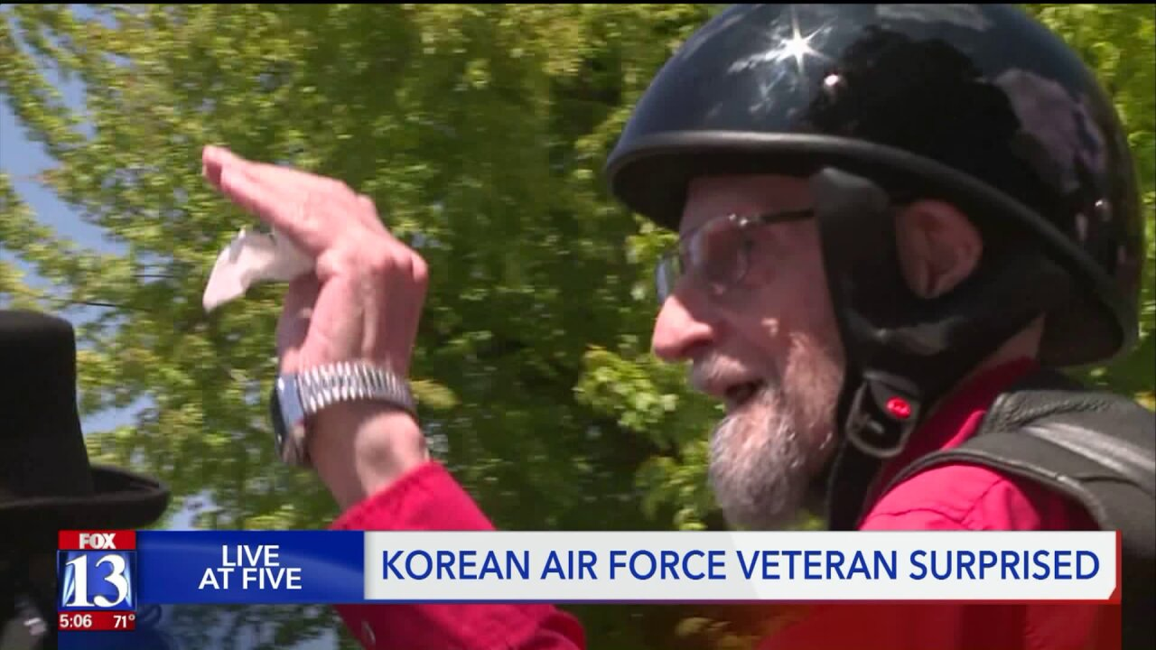 Biker group surprises 86-year-old veteran with ride-along