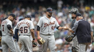 Mariners hand Tigers seventh straight road loss
