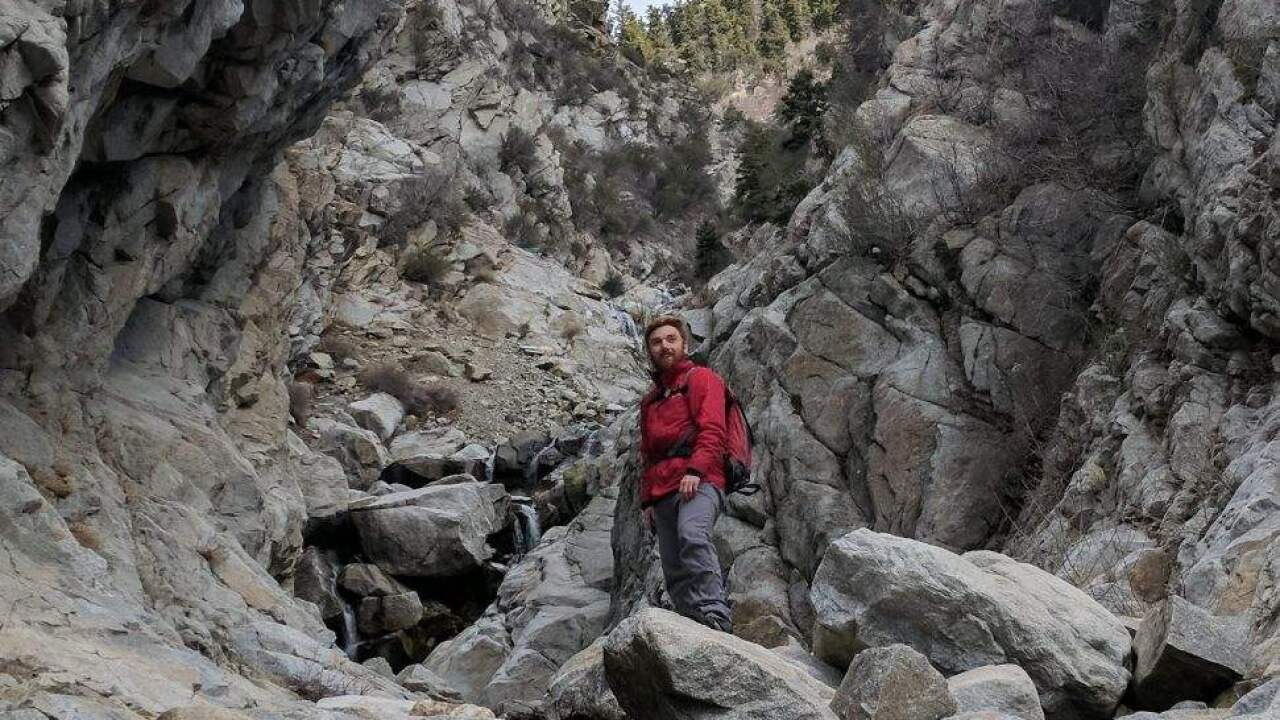 Daniel_Henderson_on_hike_before_fall.jpg