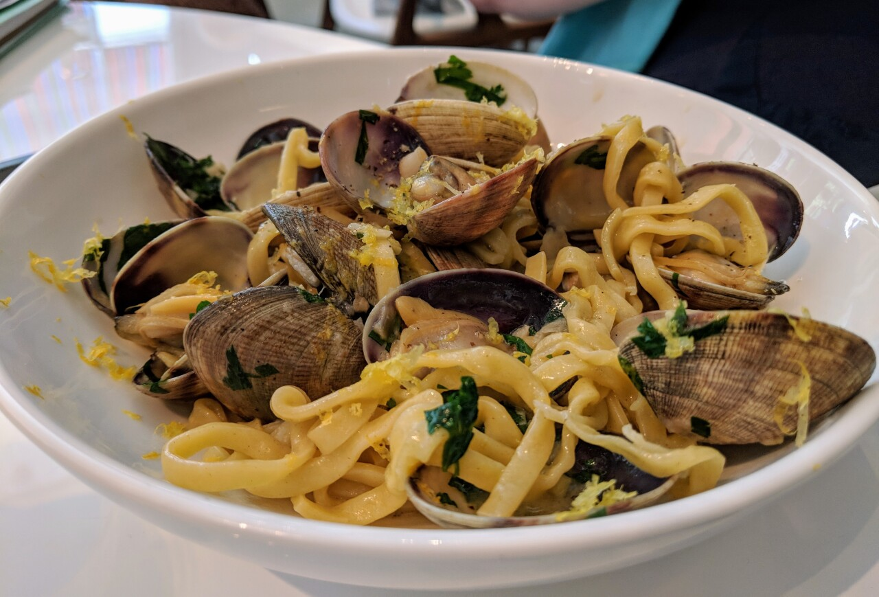 Handmade Linguini and Clams at Fausto (photo by G. Yek).jpg