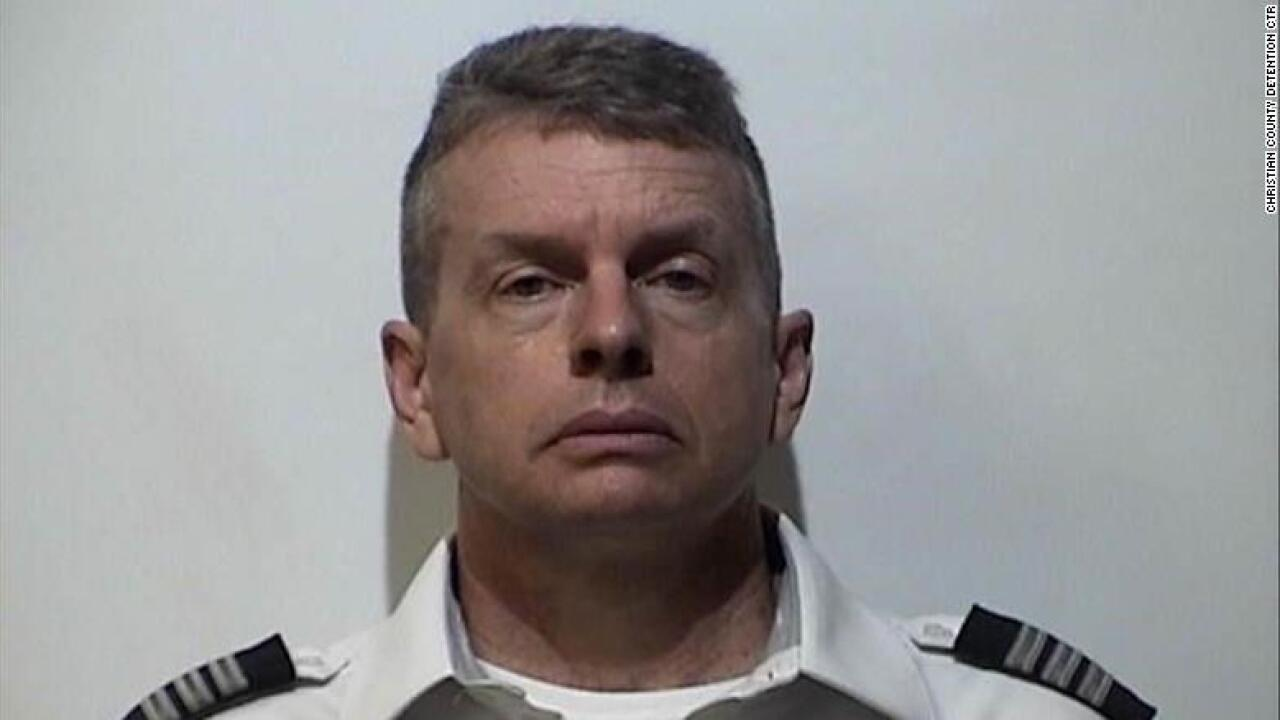 Pilot arrested at Kentucky airport for alleged 2015 triple homicide