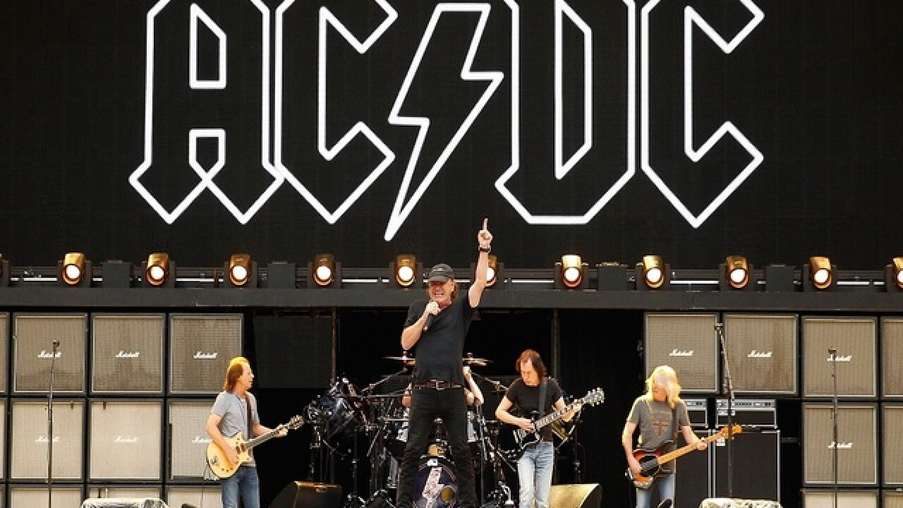 AC/DC postpones remainder of US tour