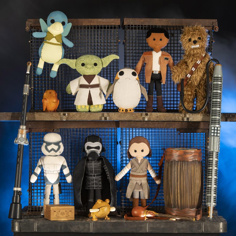 Star Wars: Galaxy's Edge Merchandise - Artisan-Style Toys