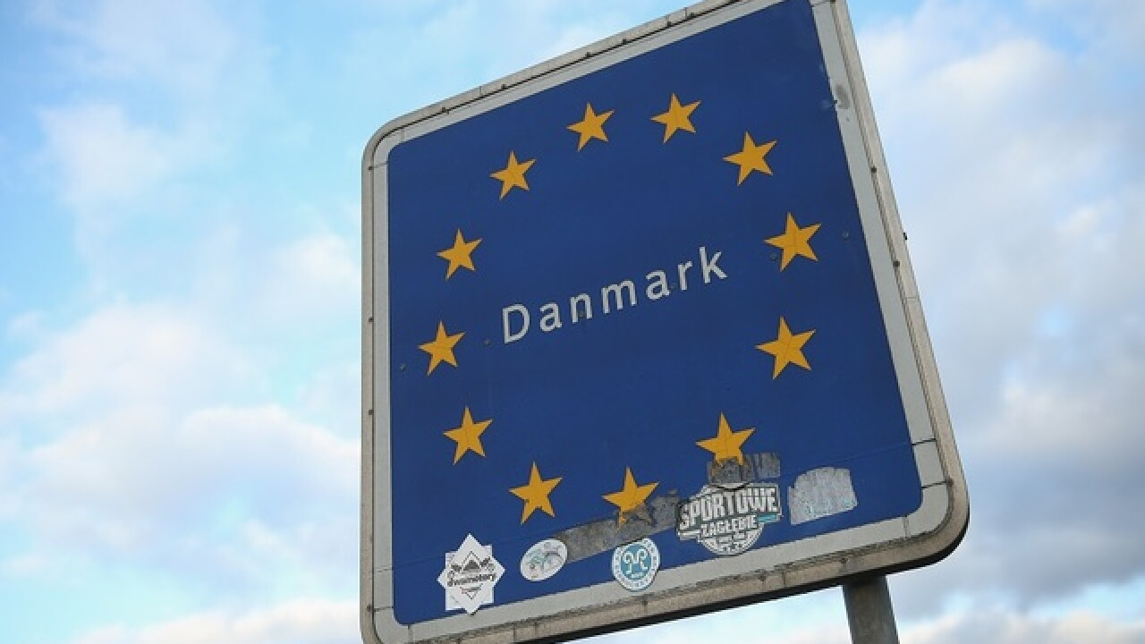 Danes take top spot in world happiness report