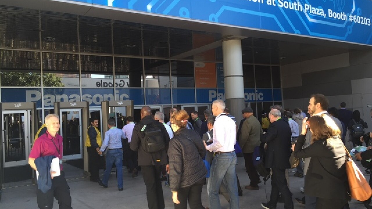 Rain causes outage at Consumer Electronics Show