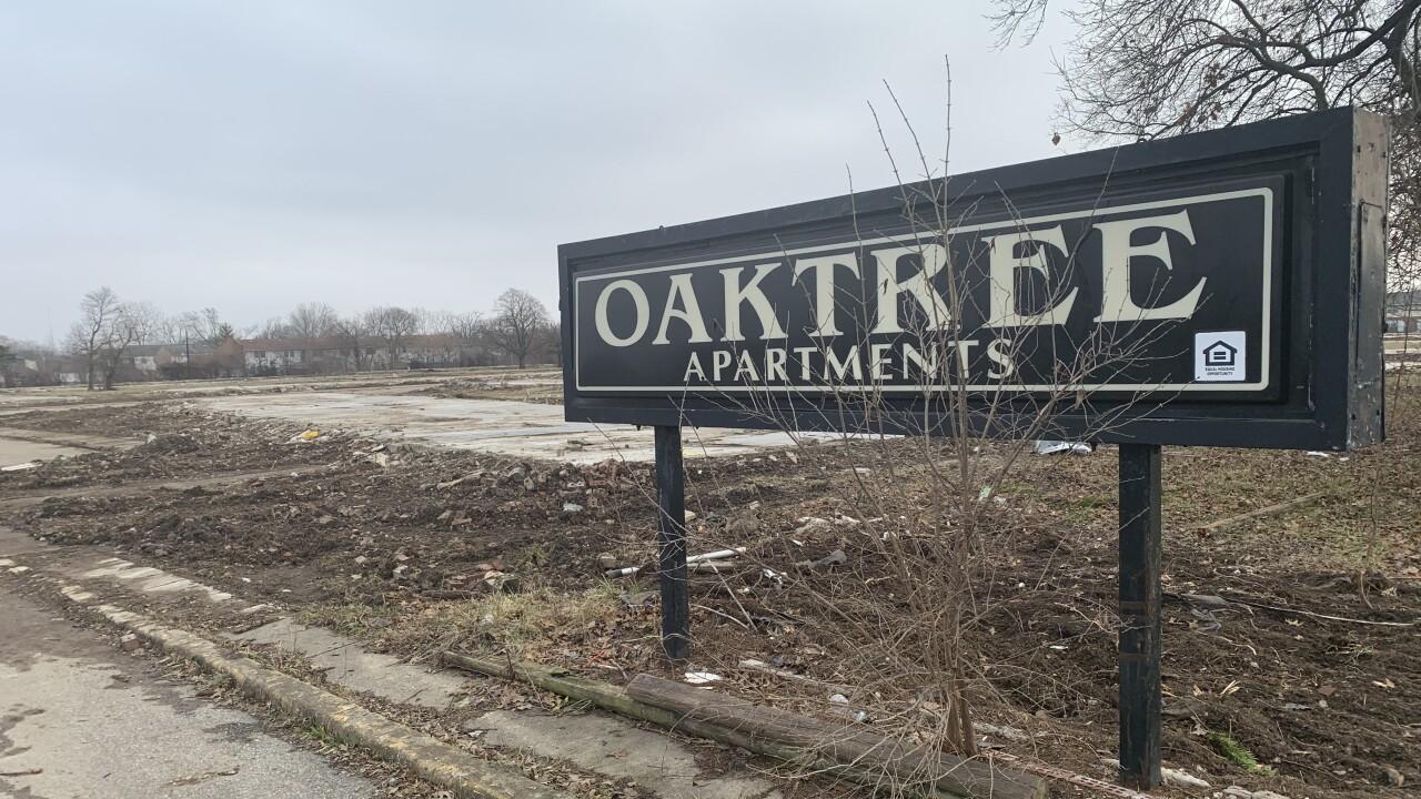 oaktree1227.jpg