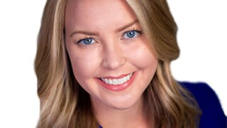 Courtney Headshot1.jpg