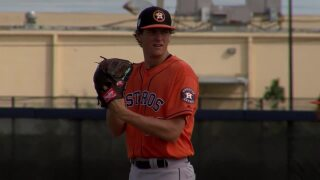 Whitley aims for consistency needed to make Astros' roster