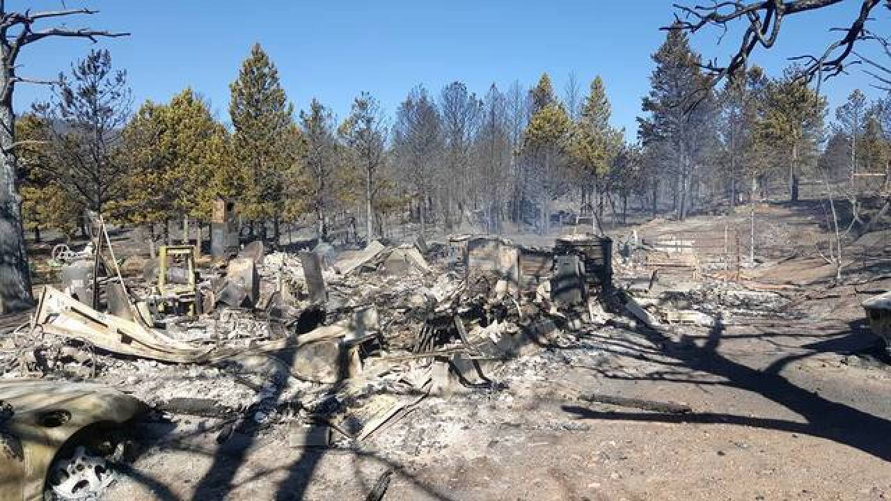 Firefighters lose home in Cold Springs Fire