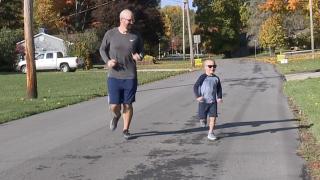 Poland Ohio dad runs Akron Marathon