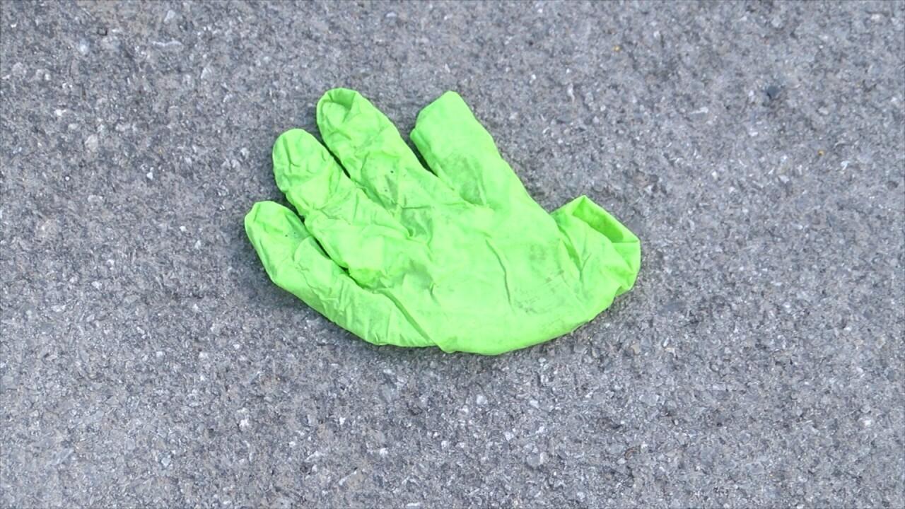 glove lot 1 .jpg