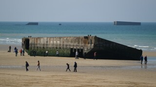 D-Day memorial jump honors Normandy military action of 75 years ago