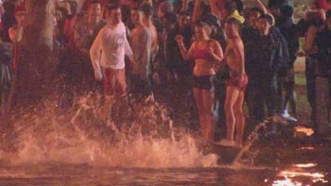 Ohio State will pay $450,000 to settle Mirror Lake jump death negligence claim